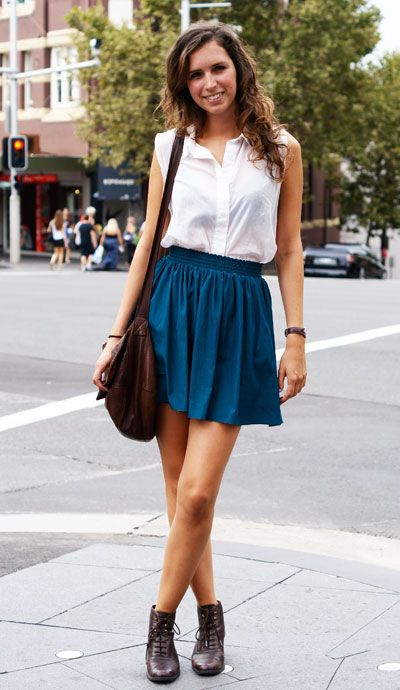 This, but longer skirt... of course.