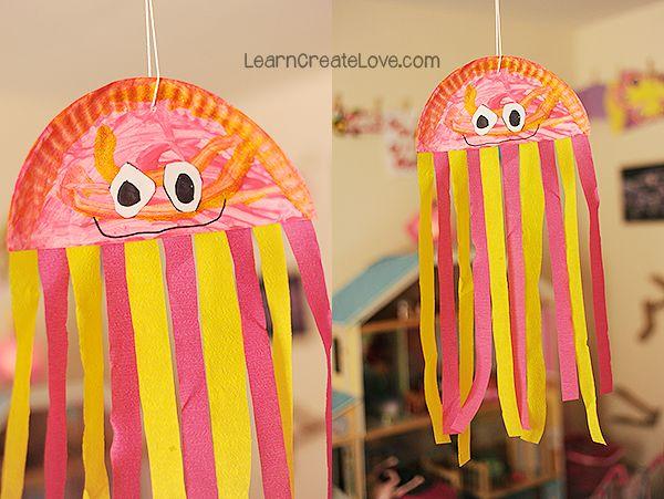 { Paper Plate Jellyfish Craft }