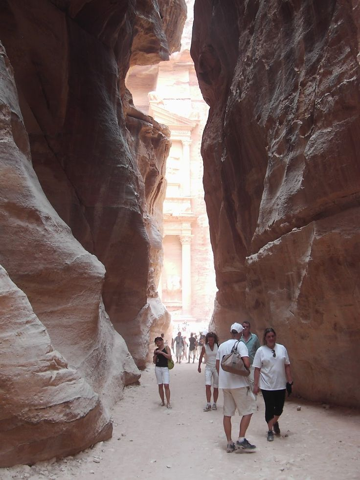 #Jordan #Petra #Al_Khazneh #Jordania #photo #pics #vacation #picture #travel #adventure #outdoors #national #beatiful
