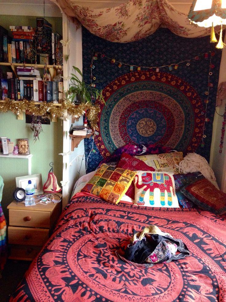 best 25 hippy room ideas on pinterest hippie room decor. Black Bedroom Furniture Sets. Home Design Ideas