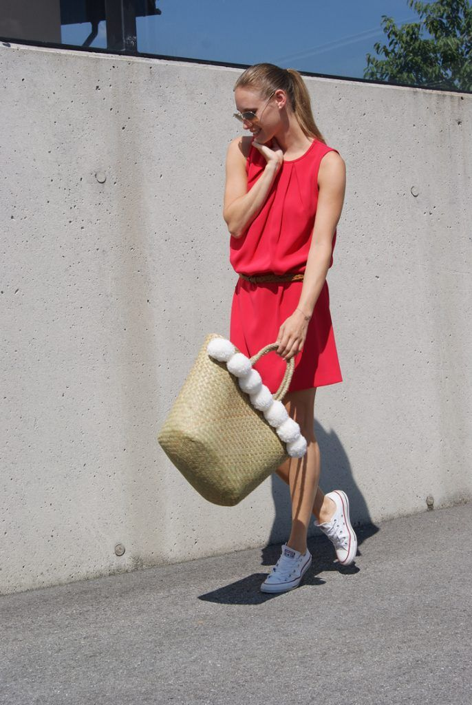 Outfit: Strawbag