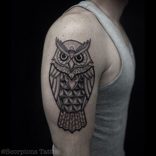 negative space owl tattoo - Buscar con Google