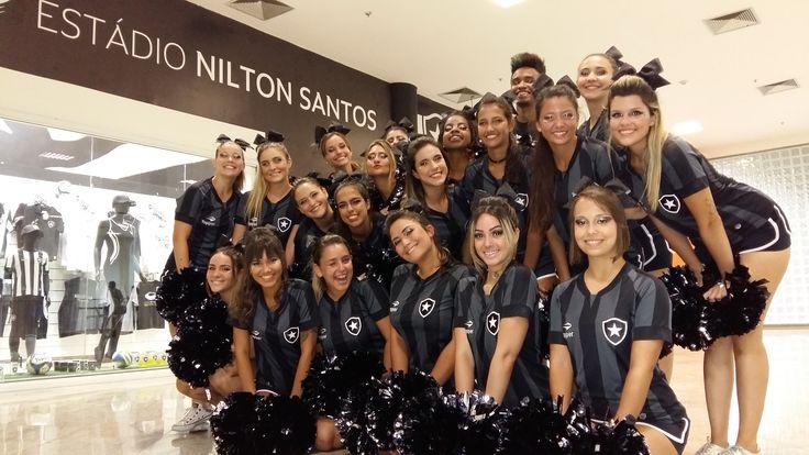 """Gloriosas"": as animadoras de torcida que agitam os jogos do Botafogo #globoesporte"