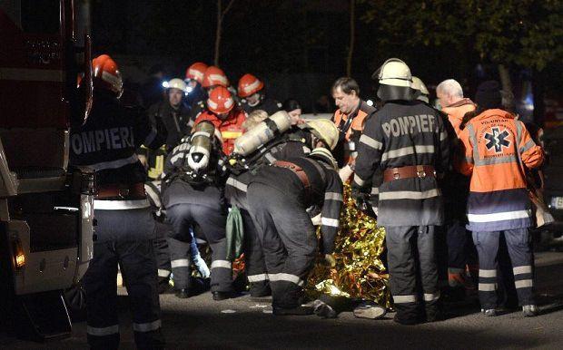 27 personas muertas por explosión en club nocturno rumano