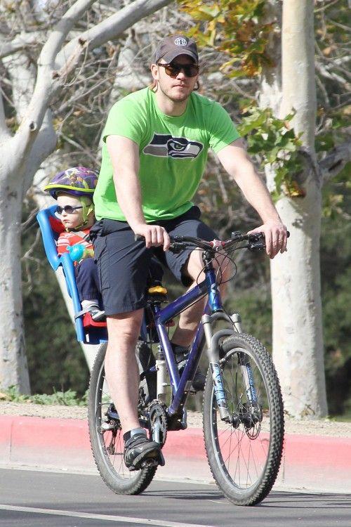 Chris Pratt & Anna Faris' Bike Boy