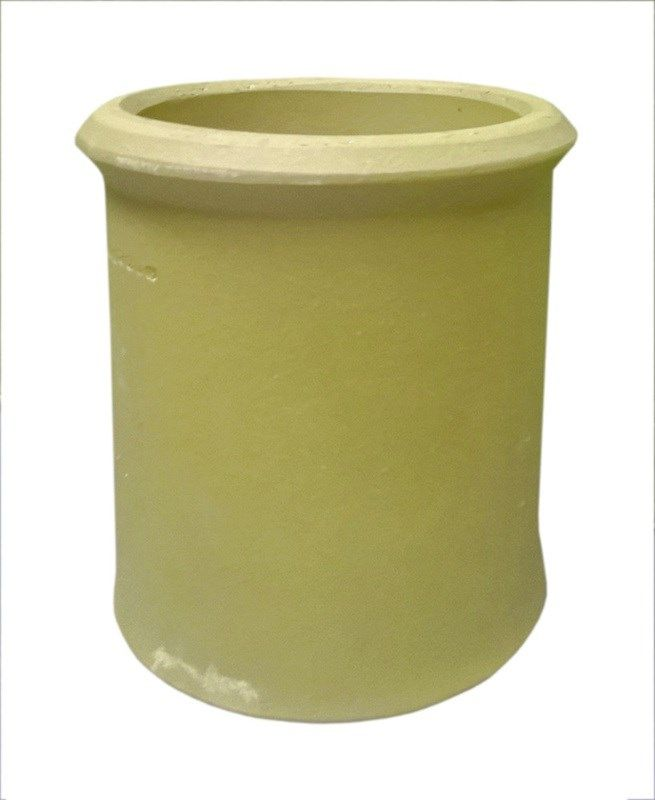 Clay chimney pot in various sizes, please select from the drop down list the size required. This pot is a buff colour with straight sides and a roll top. Also available in red, please ask for more details.