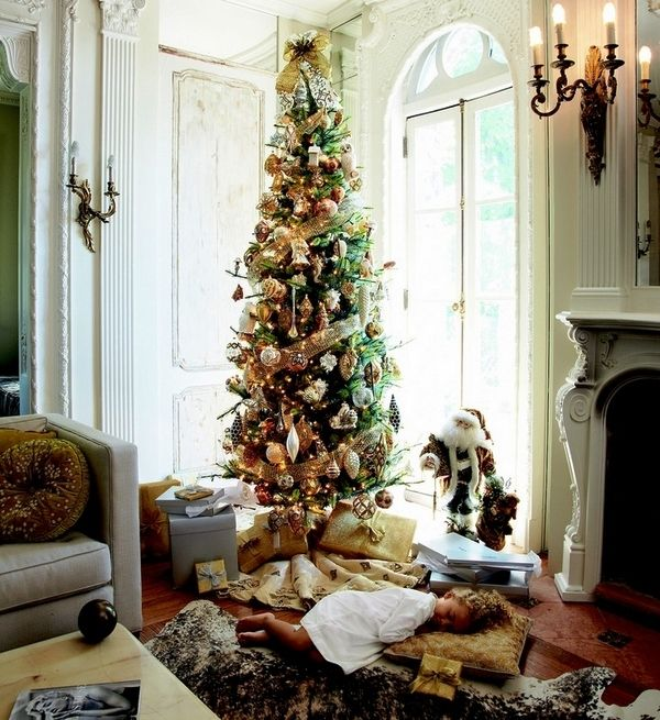 Well if you are looking for some new decoration ideas this year then Check out our latest collection of 12 Stuning Pencil Christmas Tree Ideas and get inspired!!