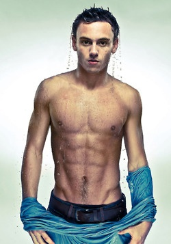 tom daley, swimmer, first thing I noticed as Great Britain walked in the opening ceremonies