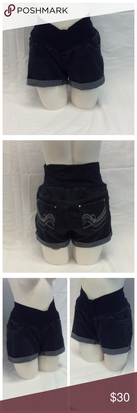 """INDIGO REIN Ladies Maternity Jean Shorts INDIGO REIN Ladies Maternity Jean Shorts w/Embroidered back pockets, Size M, 58% cotton, 25% polyester, 16% rayon, 1% spandex; belly 86% nylon, 14% spandex, machine wash. Approximate measurements are 14"""" waist laying flat, 13 1/2"""" waist to hem, 8 1/2"""" waist to crotch, 1"""" cuffs. 0452 Indigo Rein Shorts Jean Shorts"""