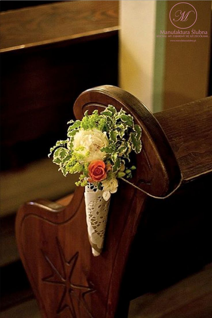 #slubne #kwiaty #idyllic #wedding #flower #church #horn #manufakturaslubna #sluby #decoratons