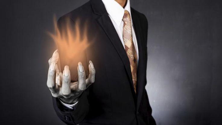 Maîtriser un manipulateur : Les manipulateurs sont faciles à repérer par la façon dont ils vous font sentir. Lorsque vous êtes en accord avec votre état