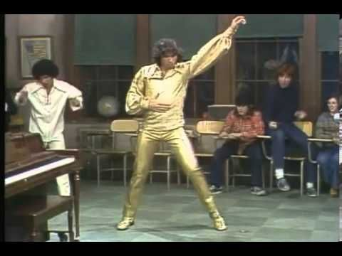 Welcome Back Kotter.   Vinnie Barbarino shows off his dancing skills on school - YouTube