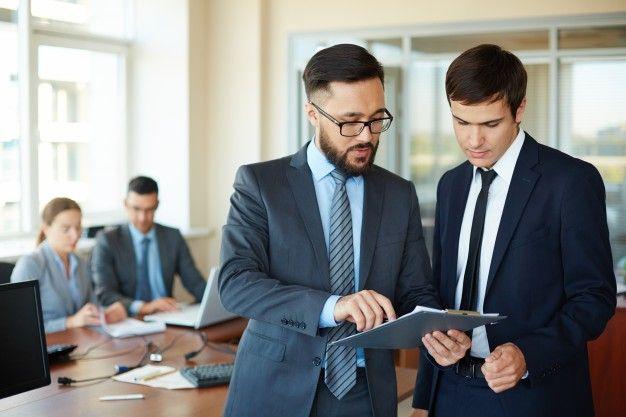 9 Formas de triunfar y llegar a la cima en tu trabajo.
