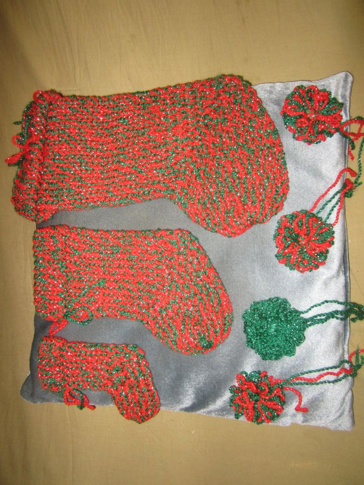 Knitting Loom Christmas Stocking Pattern : 17 Best images about Breien met een breiring on Pinterest Knitting looms, L...