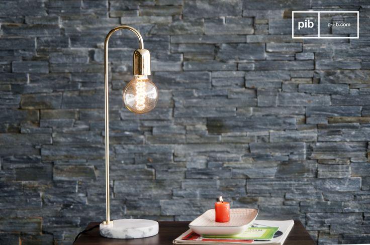 Die Tischlampe Ora ist eine einzigartige Leuchte, die ihren klassischen skandinavischen Design durch ihre minimalistischen Formen und der Kombination von Marmor und Lessing aufweist.