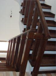 Scari interioare   Scari din lemn   Usi bune