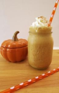Skinny Pumpkin Spice Frappe | All recipes with Trader Joes products for easy, quick, healthy meal ideas