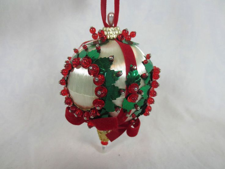 """Completed Round BEADED and SATIN SILK CHRISTMAS TREE ORNAMENT USA 4+"""" -Not a Kit #kit"""