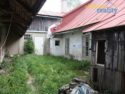 http://www.oblibenereality.cz/reality/prodej-chalupa-k-rekonstrukci-539-m2-breziny-2713