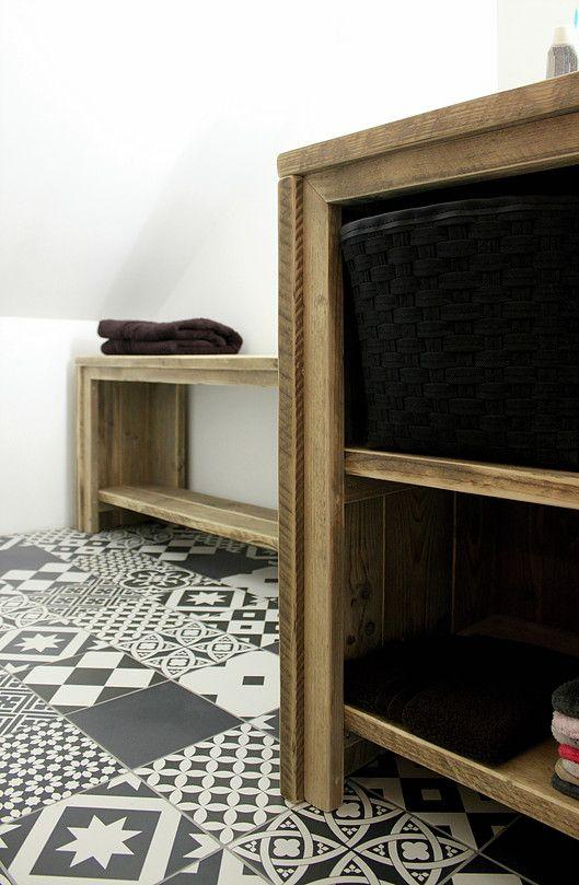 Salle de bain sous combles dans chambre, carreaux de ciment,  Ronan Cooreman, Architecte d'intérieur Lille.