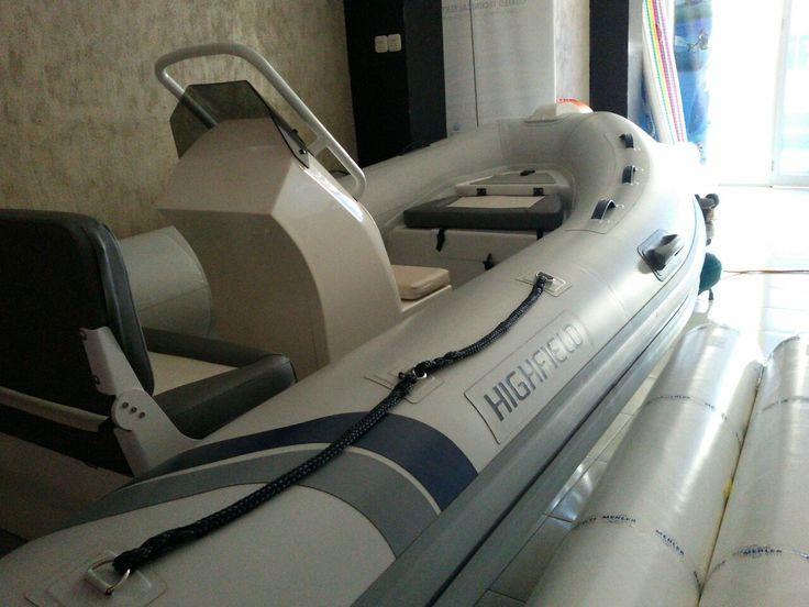 Highfield OM420 Aluminum hull www.acisa.biz