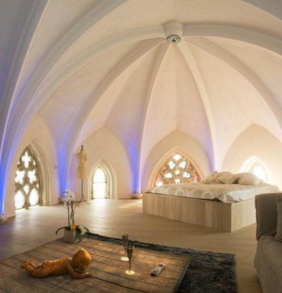 Room in the Het Verloren Gedicht, a former monastery turned Bed and Breakfast in Bellegem, Belgium.
