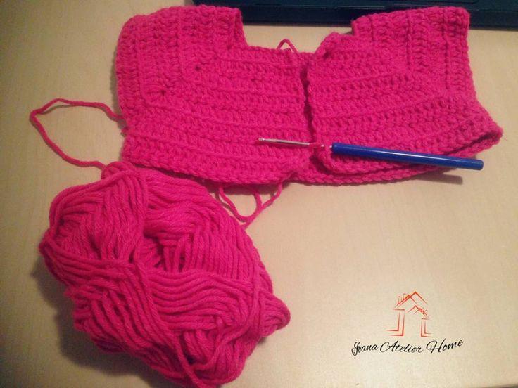 "6 aprecieri, 1 comentarii - Ioana Atelier Home (@ioana.atelier.home) pe Instagram: ""work in progress... #workinprogress #crochet #crochetlove #handmade #IoanaAtelier"""