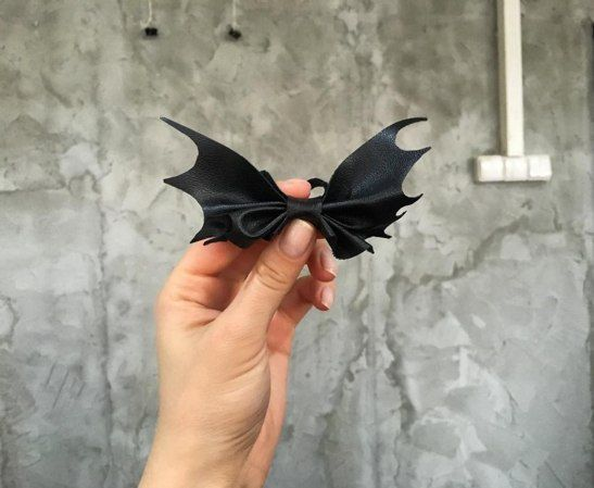 Bat bowtie. Batman tie. Creative bowtie. Eco leather от H2Ofashion