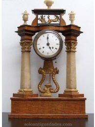 Reloj de p rtico estilo reina ana con caja de madera y for Portico muebles