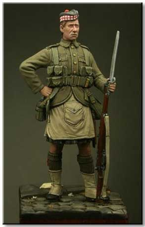 Private, 1st Bn The Gordon Highlanders, Le Cateau 1914. Click on the pic for more from Tommy's War and other awesome resin figures