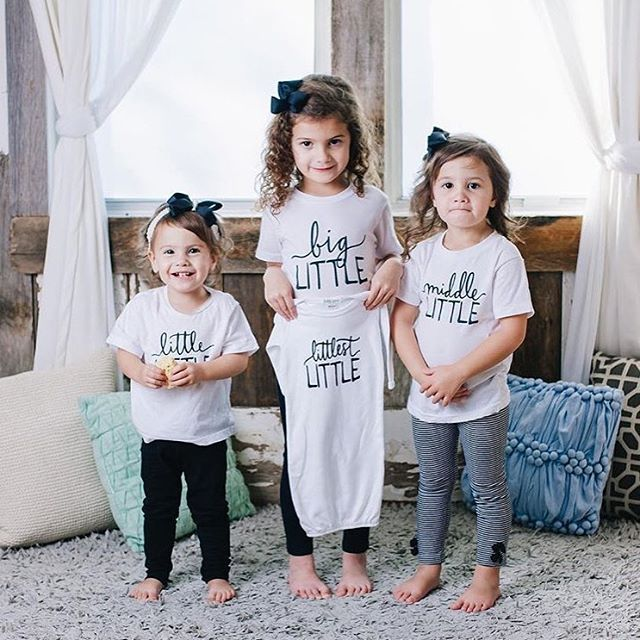Little Faces Apparel - Baby announcement  @vanesamoyes Matching sibling tees, big sister shirt, graphic baby gown for pregnancy announcement. Big Little, Middle little and little little graphic kids shirts.