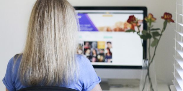 Taking a fresh look at internet dating for mature women.