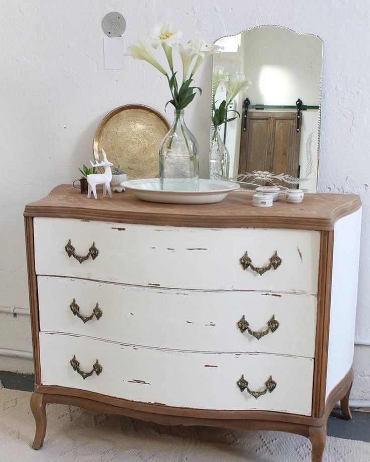 """• I N S P I R A T I O N • Yipp! I love white  . #home #furnituredesign #furniture #drawer…"""