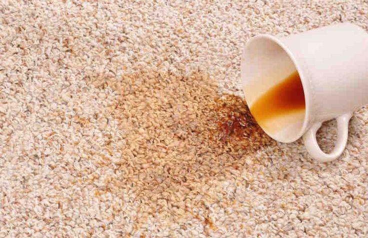 Застеленные ковром или ковровым покрытием полы - это всегда приятно, уютно мягко, красиво. Особенно хороши светлые ковры и паласы. Но иногда мы по неосторожности или беспечности проливаем кофе или чай на пол. А на полу ковер, да еще светлый! Что делать? Как убрать эти коричневые пятна с любого коври