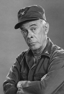 Harry Morgan Born: Harry Bratsberg  April 10, 1915 in Detroit, Michigan, USA  Died: December 7, 2011 (age 96) in Brentwood, Los Angeles, California, USA