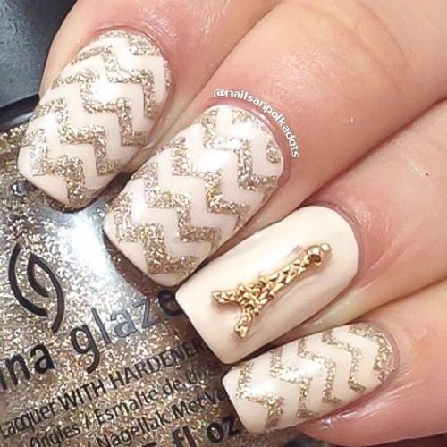 Chevron Accent Nails ~ definitely complement each other on every level bringing out an awesome and magnificent look!
