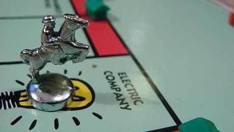 Top ten genius drinking board games| studentbeans.com