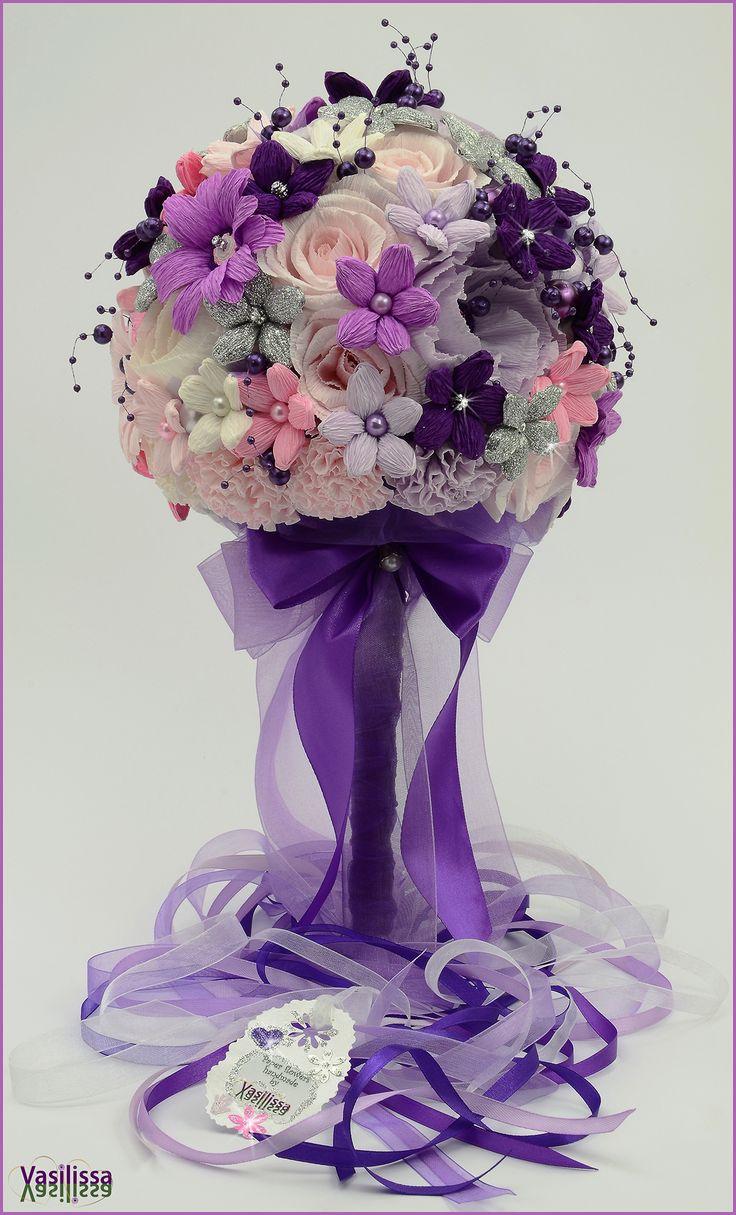 Vasilissa unikatni bidermajer od papira LENA - od snežno belih, nežno roze i tajanstveno ljubičasto lila papirnih cvetova diskretno je ukrašen svetlucavim srebrnim detaljima - izbor boja neobičan, ali ženstven, smeo, poseban i baš zato - izuzetno inspirativan... :-)  ♥ Paper flowers handmade by Vasilissa ♥