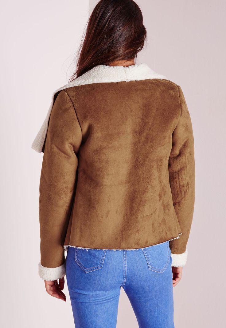 1000 id es sur le th me manteau en peau de mouton sur pinterest fourrure manteaux de fourrure. Black Bedroom Furniture Sets. Home Design Ideas