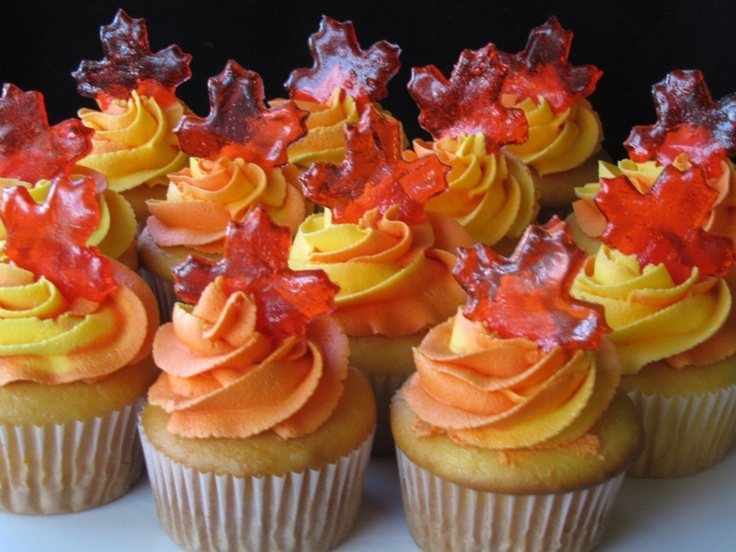 Autumn-inspired cupcakes: Leaf Cupcakes, Autumn Inspired Cupcakes, Cakes Cupcakes, Autumn Cupcakes, Cupcake Ideas, Fall Cupcakes, Wedding Cakes, Maple Leaf, Maple Leaves