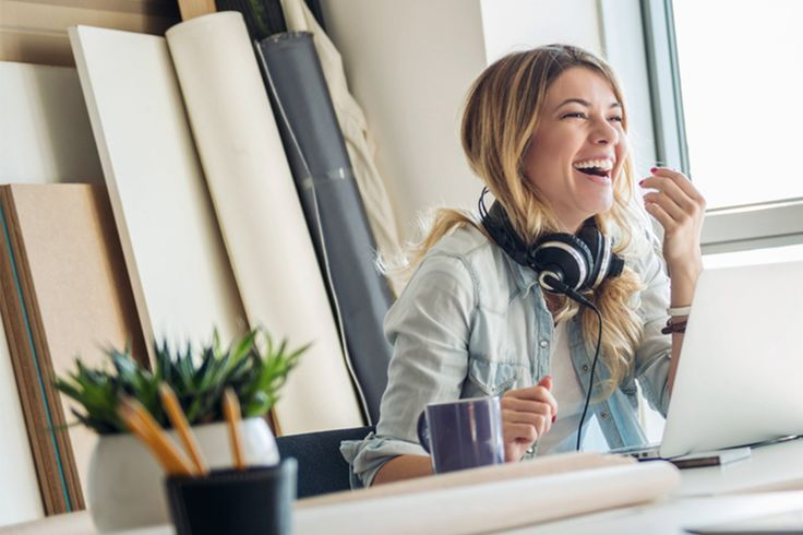 HOW TO CREATE A POSITIVE WORK ENVIRONMENT. November 7, 2016 Have you ever found yourself waking up with a serious case of the Monday's? Or have you had to turn up Sia's Chandelier before you enter the office to get psyched for the day?
