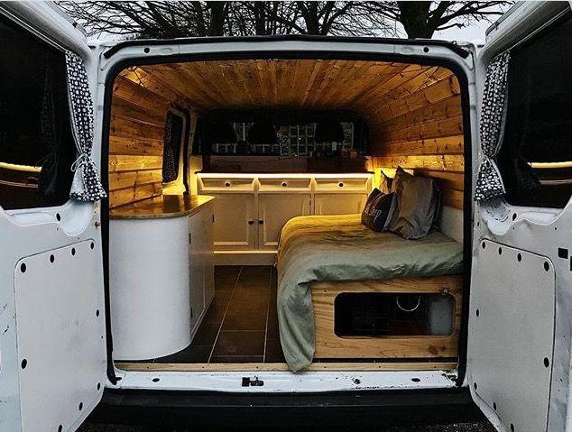 Pin De Shannon Soucy En Camper Vans Interior De Furgoneta