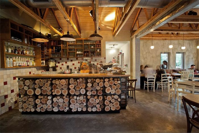 Decoraci n rustica de un cafe restaurante mostrador de - Mostradores de bar ...
