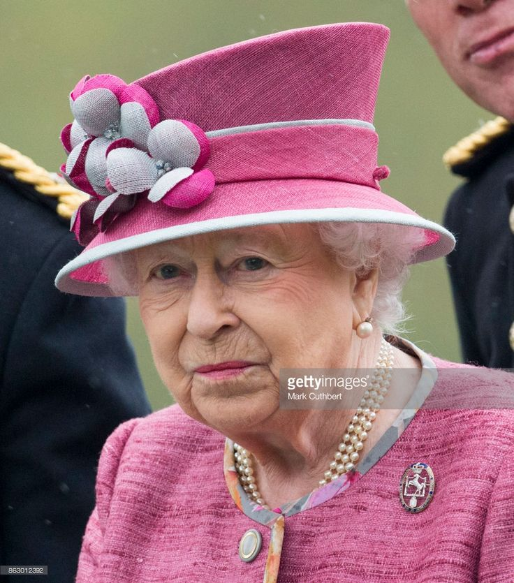Queen Elizabeth II reviews The King's Troop Royal Horse Artillery on the 70th anniversary at Hyde Park on October 19, 2017 in London, England. The KTRHA was formed by King George VI in October 1947 and are commonly known as the 'Gunners'.  (Photo by Mark Cuthbert/UK Press via Getty Images)