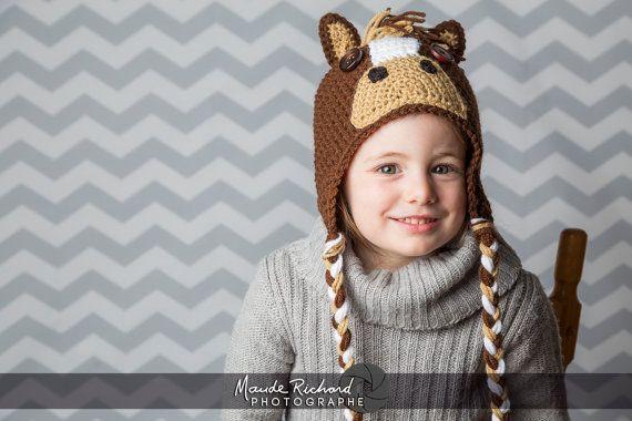 Retrouvez cet article dans ma boutique Etsy https://www.etsy.com/ca-fr/listing/246272749/tuque-de-cheval-en-tricot-bonnet-de