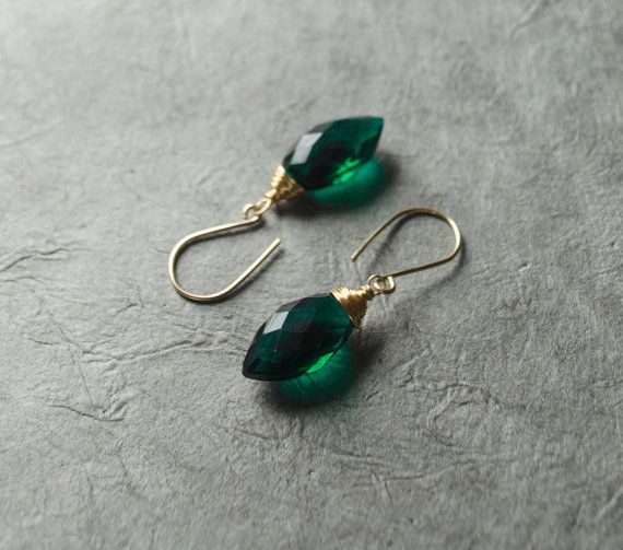 Grüne Ohrringe grüne Quarz-Drop Forest grün Tränenblech