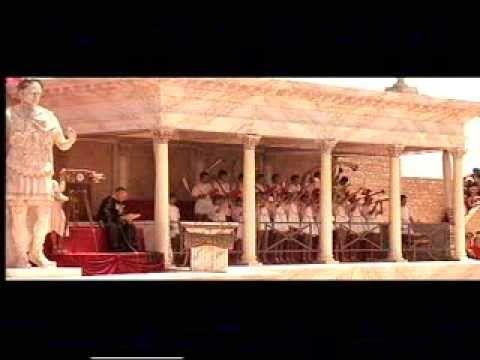 Deux heures moins le quart avant Jésus Christ.(1982) Comédie ( Coluche) Film complet en français - YouTube