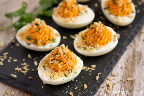 Sriracha Deviled Eggs with Garlic Toast Crumb Topping from afarmgirlsdabbles.com