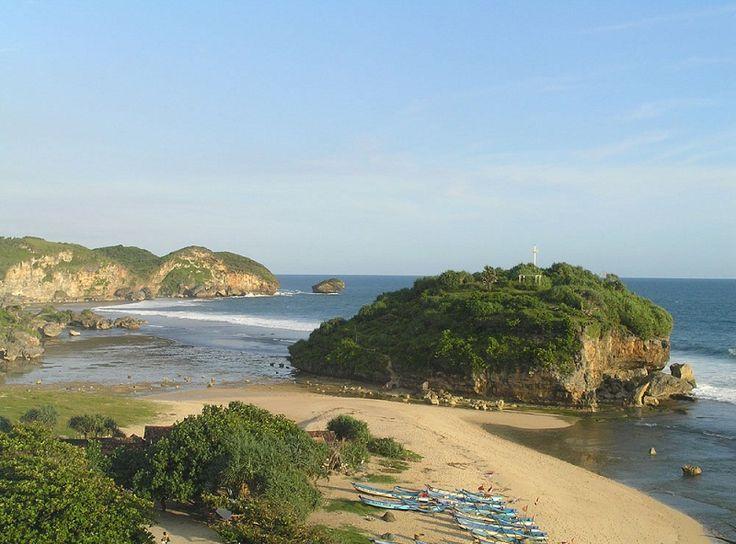 INDONESIA: Drini Beach Yogyakarta