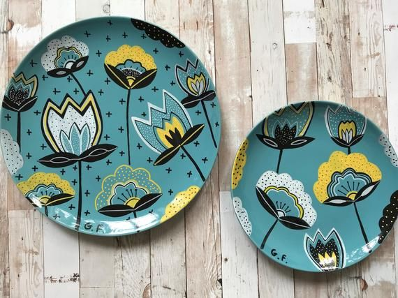 Bohemian Flowers Illustrated Set of Two Ceramic Plates  .